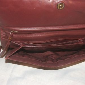 Etienne Aigner Bags - Vintage Aigner Shoulder/Clutch Purse w/ Woven Flap